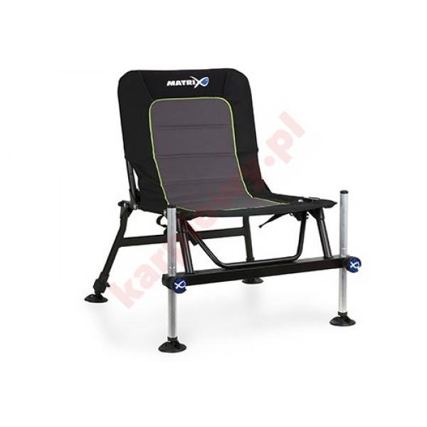 Krzesło Accessory Chair